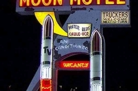 Vintage_Signs_and_Neon_Lights_11