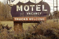 Vintage_Signs_and_Neon_Lights_14