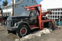 Vintage-Tow-Trucks-Wreckers-Car-Haulers-04