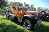 Vintage-Tow-Trucks-Wreckers-Car-Haulers-05