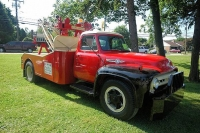 Vintage-Tow-Trucks-Wreckers-Car-Haulers-08
