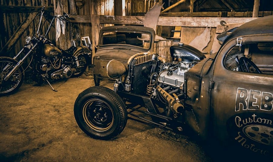 Rebel Custom Rods and Motorcycles Shop Truck