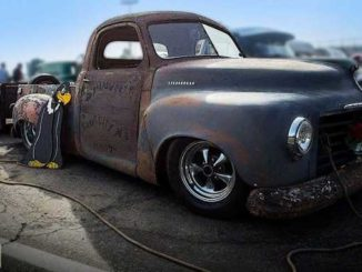 Roadkill Customs 1949 Studebaker Shop Truck