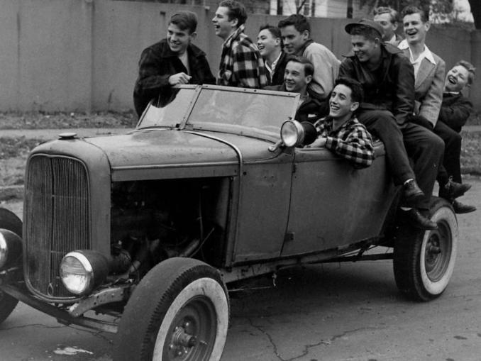hot rods rat rods custom cars trucks roadkill customs. Black Bedroom Furniture Sets. Home Design Ideas