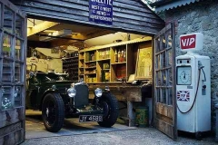 Garages, Shops and Workspaces