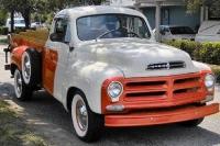 1956_Studebaker_Transtar_Pickup_h