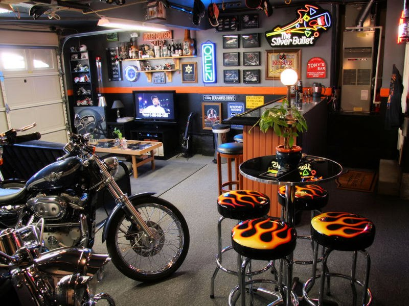 Vehicular_Furnishings_and_Automotive_Decor_-_Man_Cave_-_Car_Part_Art_1318