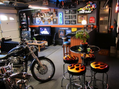 Vehicular_Furnishings_and_Automotive_Decor_-_Man_Cave_-_Car_Part_Art_1518