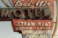 Vintage_Signs_and_Neon_Lights_1