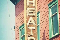 Vintage_Signs_and_Neon_Lights_16