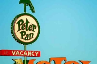Vintage_Signs_and_Neon_Lights_30