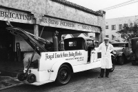 Vintage-Tow-Trucks-Wreckers-Car-Haulers-02