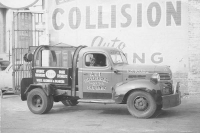 Vintage-Tow-Trucks-Wreckers-Car-Haulers-103