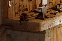 Garage_and_Workshop_Ideas_28