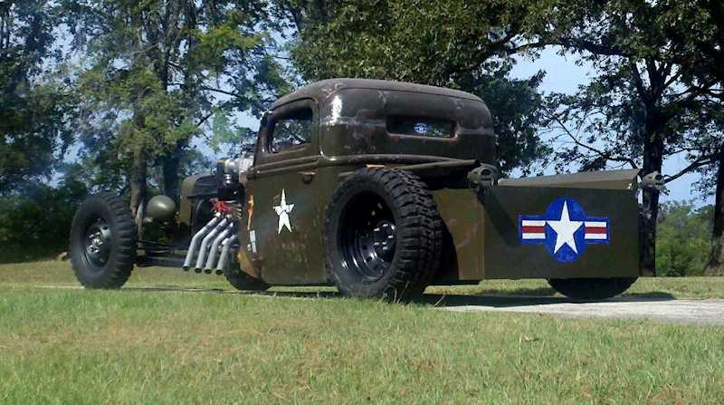 Darrik Hooper's 1943 Ford G8T Military Truck