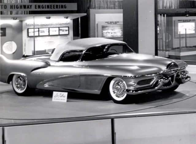 1951 LeSabre dream car at the 1953 Chicago Auto Show
