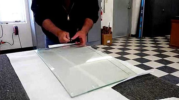 How To Cut Laminated Windshield Glass - Top Chop