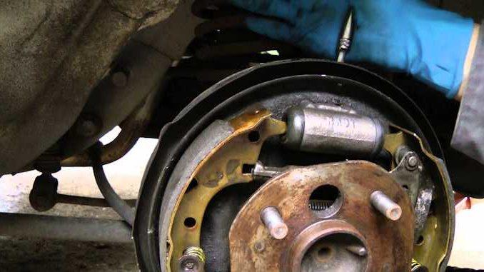Rebuild Brake Cylinders