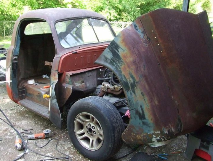 1949 Sudebaker 2R5 Pickup Truck Build 20