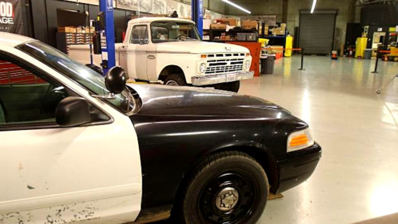 Chassis Swapping a '66 Ford F-100 with a Crown Victoria