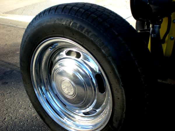 1932 Ford Pick-up Truck Chrome Rally Wheels