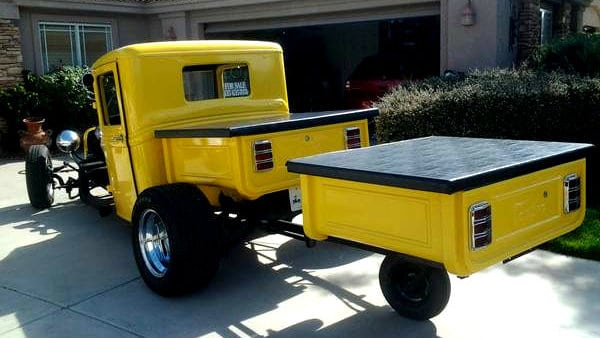 1932 Ford Pick-up Truck and Trailer