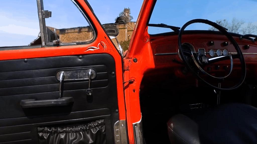 Murilo Dutra's Bagged '64 Beetle ~ Door and Interior Detail