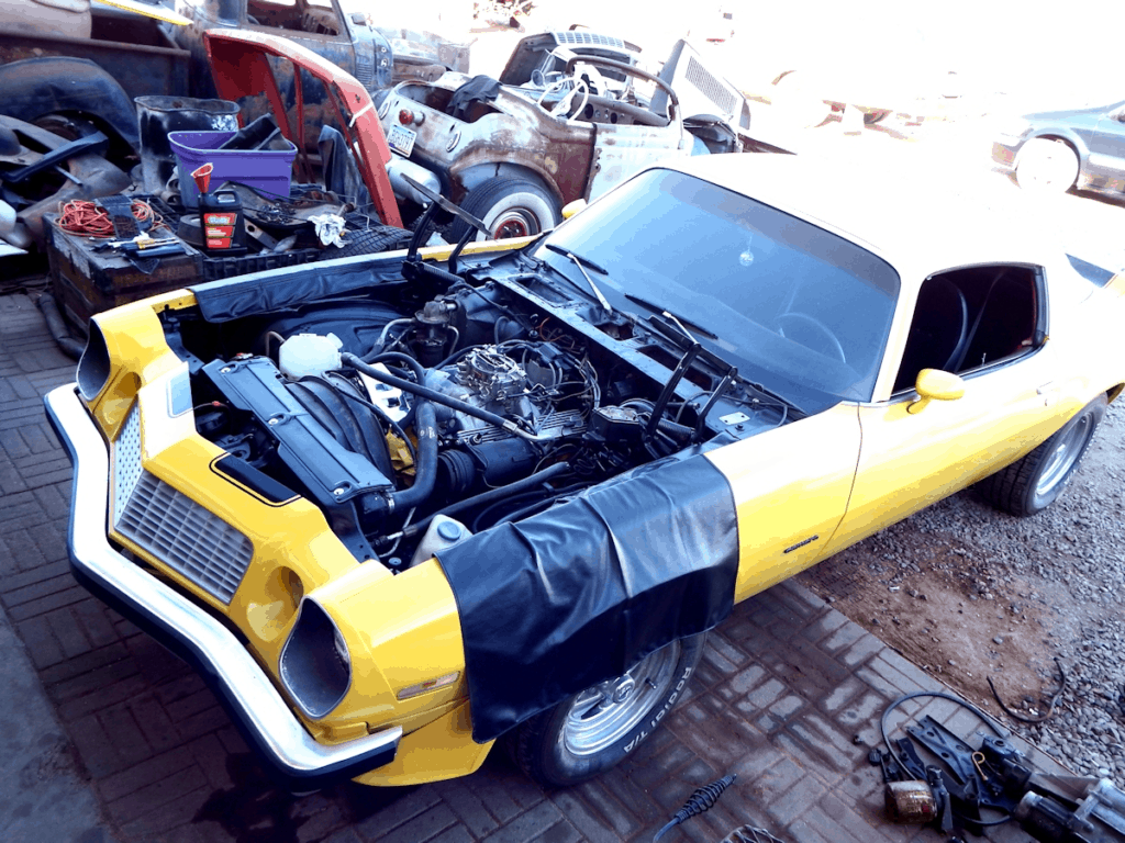 1976 Camaro Bumblebee Engine Swap ~ Bolted in, fired and ready for button up