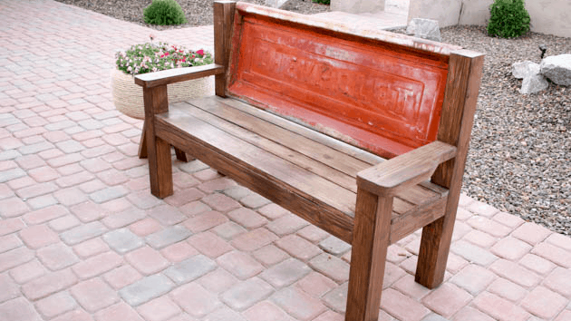 How To Make a Tailgate Bench Feature