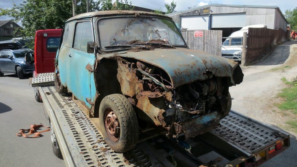 Rusty Mini Cooper Stored 40 Years Sold at Auction