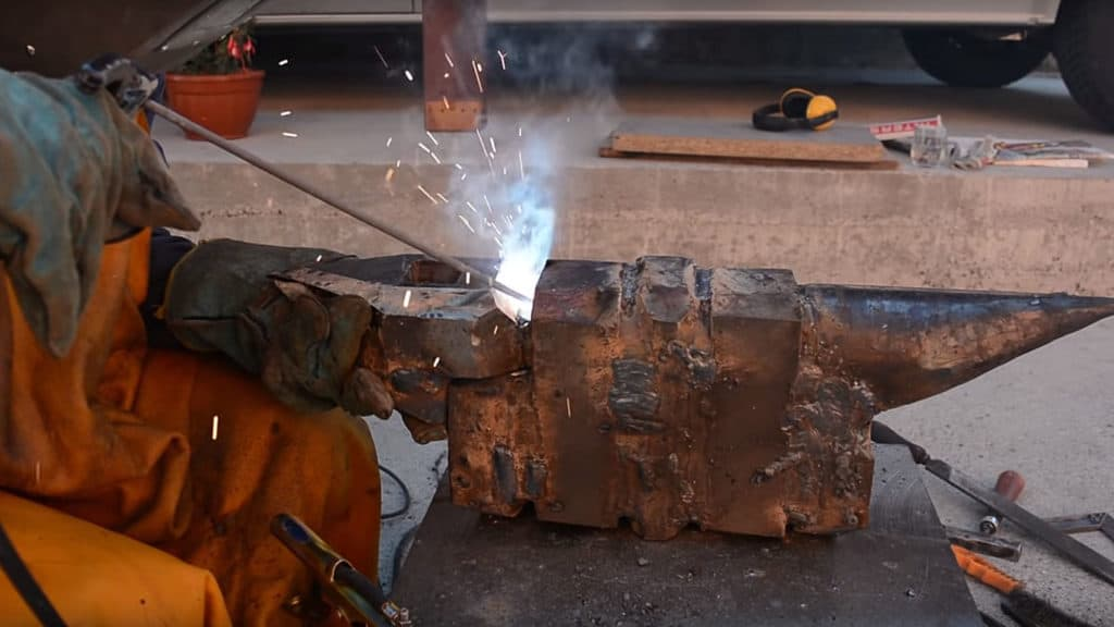 How To Make a Blacksmith's Anvil from