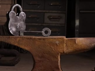How To Make a Vintage Padlock