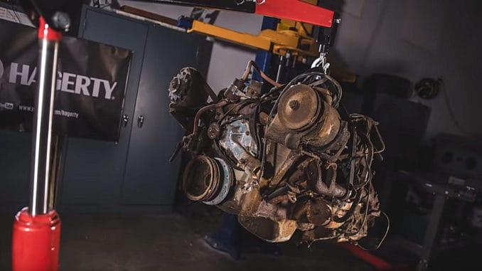 Resurrecting a Rusty Buick Nailhead V-8
