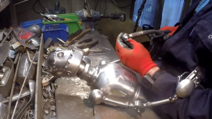 DIY Robot from Scrap Metal ~ Time Lapse