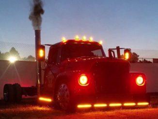 Custom 1974 IH Loadstar Truck