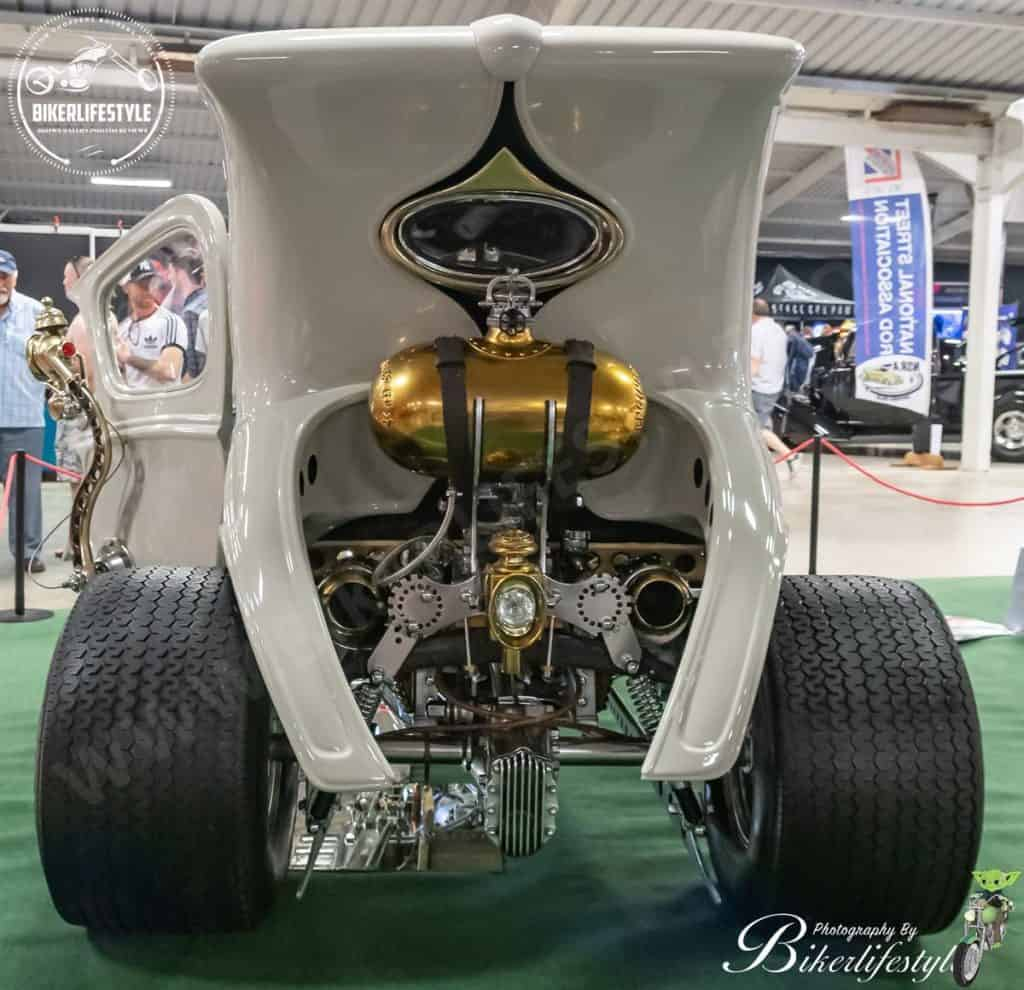 Paul Bacon's Automatron Hot Rod