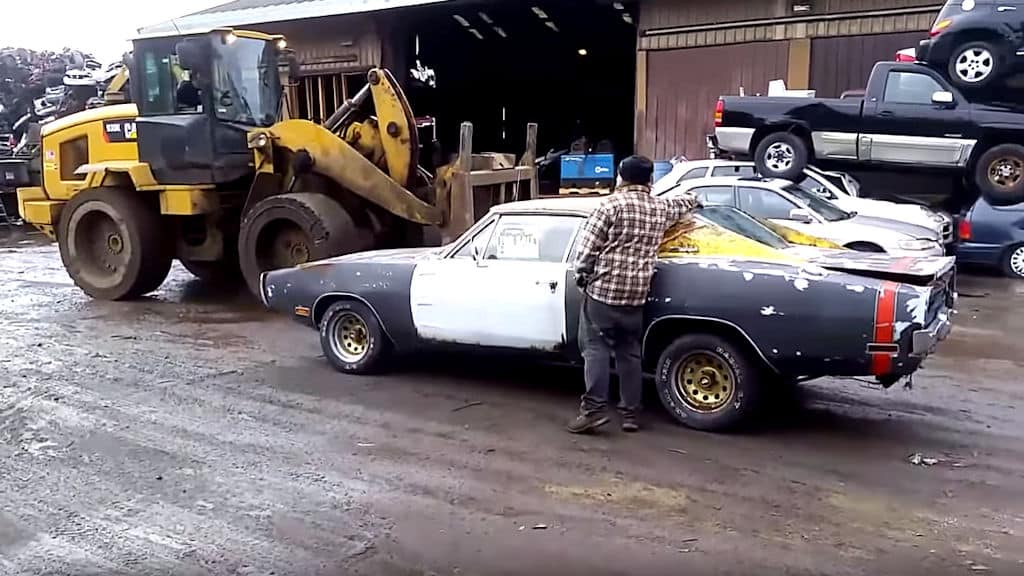 Classic Car Low-Ballers Make Seller Crush '70 Dodge Charger
