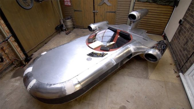 Fabricating Luke Skywalker's Landspeeder From Star Wars