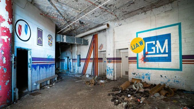 Exploring Detroit's Abandoned Car Factories