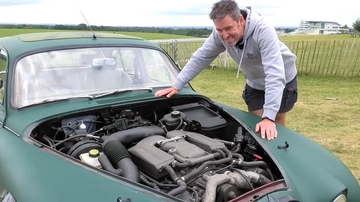 V8 Swapped 1966 Jaguar Mark 2 ~ Supercharged and Straight Piped