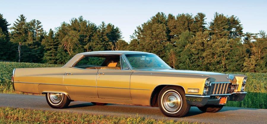 1968 Cadillac Sedan DeVille Front View